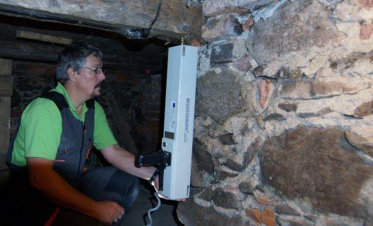 Puitkonstruktsioonide kontrollimine resistograafiga